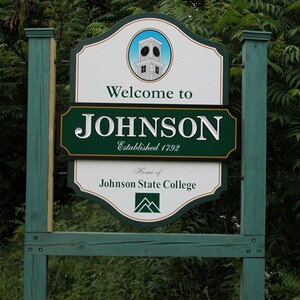 welcome to johndon outdoor sign